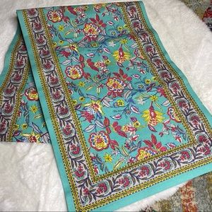 ⭐️ Cost Plus World Market Very Long Table Runner